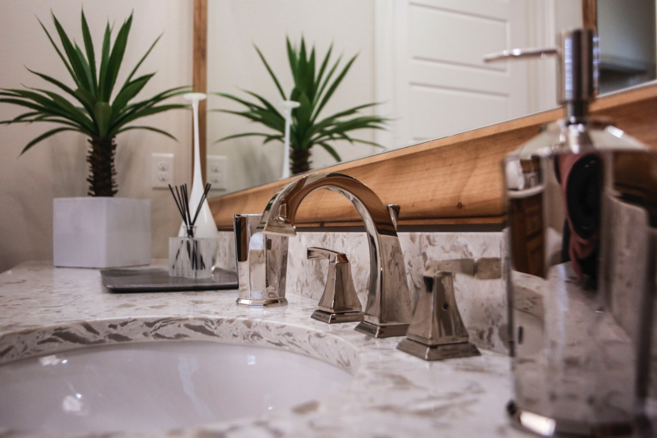 Guest Suite and Bath